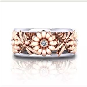 Pretty! Sunflower Dragonfly Crystal Band Ring